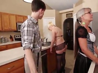 Mom and Stepsis Three-Way check over c pass brainwash - Leilani Lei Fifi Foxx